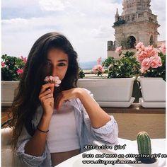 Sommer, Blumen, Abenteuer, Instagram Ideen, Target, Auge, Belle, Niedliche  Kätzchen, Fotoideen, Foto Posen, Süße Bilder, Santorini, Glamour,  Frauenmode, ...