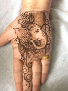 Ganesha With Mehandi !
