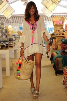Exceptional boho dresses are offered on our internet site. Check it out and you wont be sorry you did. Ibiza Outfits, Summer Outfits, Summer Sundresses, Boho Fashion, Fashion Outfits, Womens Fashion, Mode Hippie, Short Beach Dresses, Look Boho