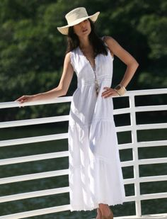 82b325cadd Online catalog with linen fashion for women. Lino offers the finest  collection of linen dresses