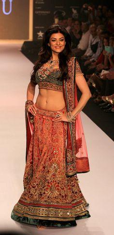 Sushmita Sen | Charu Jewels | #IIJW2013