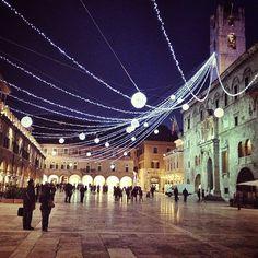 La splendida province of Ascoli Piceno , marche region italy illuminata a Natale