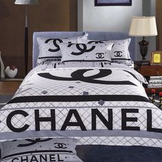 Chanel duvet bedding set 4 piece black and white *LOOK* (Auction ID: End Time : Feb. Chanel Bedding, Versace Bedding, Chanel Bedroom, Boys Bedding Sets, King Size Bedding Sets, Duvet Bedding Sets, Designer Bed Sheets, Bed Design, Bedroom Decor