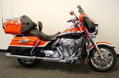 2012 Harley-Davidson® FLHTCUSE7 CVO™ Ultra Classic® Electra Glide®