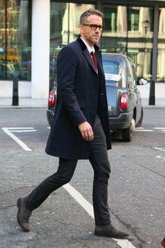 Ryan Reynolds te enseña a elegir corbata sin fallar