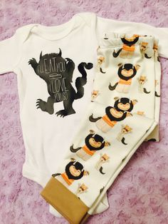 A super sweet Movie-based baby shower gift: Where the wild things are. Baby boy. Baby girl. Gender neutral. Baby outfits.