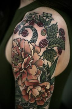 kirstenmakestattoos: Detail shots! Cool Floral Snake Tattoo