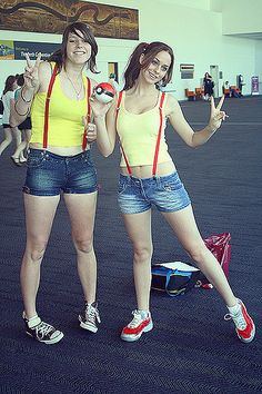 https://flic.kr/p/5WDU3S | mistys at wai-con | Me cosplaying as Misty from Pokemon at Perth 2009 wai-con  there were so many…