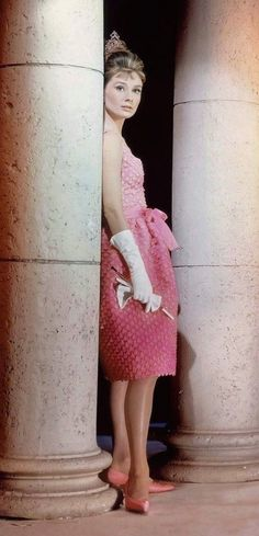 "Audrey Hepburn - ""Breakfast at Tiffany's"" (1961) - Costume designers : Edith Head & Givenchy"