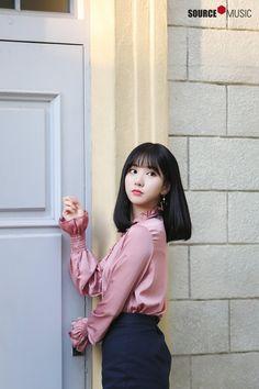 South Korean Girls, Korean Girl Groups, Korean Ootd, Bob Haircut For Fine Hair, Jung Eun Bi, G Friend, K Idol, Kpop Girls, Cute Girls