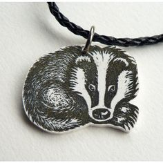 badger necklace ($78) ❤ liked on Polyvore featuring jewelry, necklaces, vintage jewellery, vintage necklace and vintage jewelry