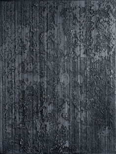 The artist restricts himself with a series of rules: starting with black, applying vertical and horizontal on the canvas lengthways. Faux Painting Techniques, Concrete Texture, Concrete Wall, Cement, Venetian Plaster Walls, Polished Plaster, Texture Painting, Painting Textured Walls, Decorative Plaster