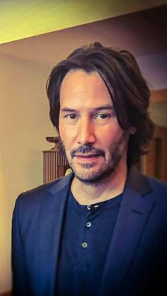 Do you look like my father, (in the his best ege...), nise to meet you brother. ..#JohnWick#keanureeves