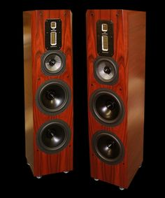 """Truly Spectacular! Irrespective of the genre that I chose to listen to, the Signature SE's owned the music the way that only the best speakers can."" - D. Upton, Home Theater Forum  review of the Legacy Signature SE"