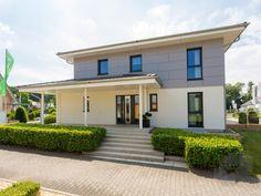 Florenzo (MH Bad Vilbel) Büdenbender Hausbau  Wohnfläche gesamt154 m² Zimmeranzahl8  Stadtvilla, Fertighaus, Haustypen, Barrierefrei, Hausbau, Luxushaus, Familienhaus  www.fertighaus.de