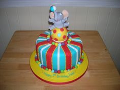elephant-ball-cake