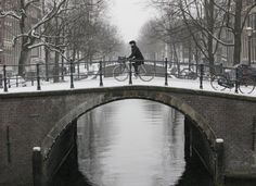 Would love to hang out with the Dutch people in the winter!