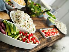 Serving healthy and delicious food at parties!   http://tickleyourfancy.indiedays.com/2014/11/23/housewarming-party/