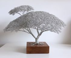 "Learn additional details on ""metal tree wall art decor"". Browse through our website. Metal Tree Wall Art, Metal Art, Art Fil, Bonsai Wire, Wire Tree Sculpture, Wire Trees, Handmade Wire, Handmade Jewelry, Wire Crafts"