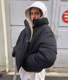 Simple Winter Outfits To Make Getting Dressed Easy Look Fashion, Autumn Fashion, Fashion Men, Korean Fashion, Fashion Trends, High Fashion, Office Fashion, Grunge Fashion, Fashion Tips