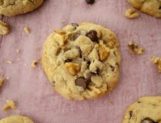 Walnut & Chocolate Chip Cookies Best Cookies Ever, Roll Cookies, Brown Butter, Kitchen Recipes, Chocolate Chip Cookies, Cookie Dough, Chips, Tasty, Amp