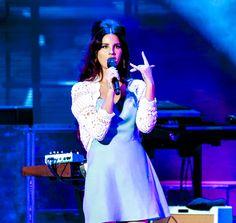 Lana Del Rey performing Lust for Life era 2017