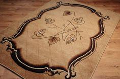 Dywan tradycyjny Classic III. Dywan w kolorze brązów z klasycznym wzorem liści.