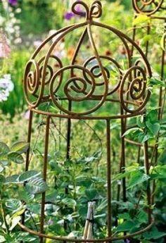 Metal Obelisk Trellis - Ideas on Foter Rusty Garden, Wooden Garden Planters, Metal Garden Art, Trellis Design, Trellis Ideas, Garden Arbor, Garden Trellis, Obelisk Trellis, Metal Trellis