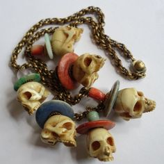 RARE ANTIQUE CHINESE OR JAPANESE CORAL JADE CARVED NETSUKE SKULL NECKLACE #Unknown