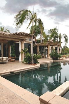 Awesome house with great pool and palms
