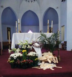 Easter Decorating Ideas For Church http://www.saintvdp/userfiles/liturgy/decorations/easter2