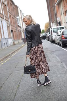 Style Blog, My Style, Chanel Vintage, Fashion Blogs, Html, Pants, Outfits, Fashion Ideas, Outfit