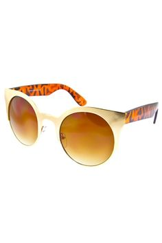These Urban Sweetheart sunglasses are so trendy!