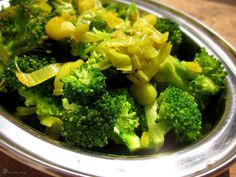 Brokolica s porom Broccoli, Vegetables, Indie, Food, Essen, Vegetable Recipes, Meals, Yemek, Veggies