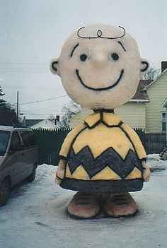 A Colorful Charlie Brown Snow Sculpture Winter Fun, Winter Snow, Winter Time, Snow Sculptures, Sculpture Art, Metal Sculptures, Abstract Sculpture, Bronze Sculpture, Snow Much Fun