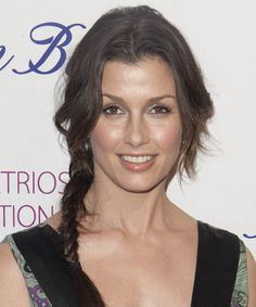 Bridget Moynahan Updo. Click on the image to try on this hairstyle!