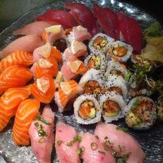 Sushi has my <3 YUMM