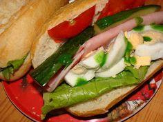 Mii de rețete sunt pe Petitchef Hot Dog Buns, Hot Dogs, Sandwiches, Bread, Chicken, Ethnic Recipes, Food, Meal, Brot