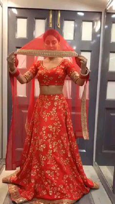 Lehnga Dress, Lehenga Choli, Silk Dupatta, Lehenga For Girls, Saree Wearing Styles, Ethinic Wear, A Line Kurti, Glamour Ladies, Lehenga Collection