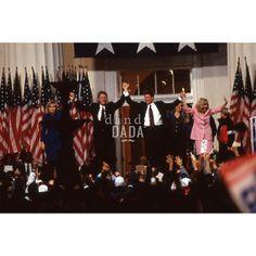 #Fotografia campagna presidenziale #BillClinton #HilaryClinton #presidente #elezionipresidenziali #AlGore  #vintage