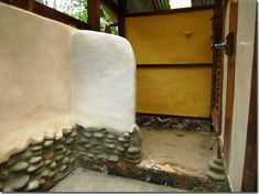 "A little info on how to apply tadelakt (a type of waterproof earthen) plaster. ""The Art and Practice of Tadelakt"""