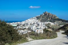 In the weeks leading up to Lent and Greek Orthodox Easter, parts of the country come alive with celebrations. Skyros island hosts one of the most unique. Skiathos, Greek Islands, Great Places, Greece, Orthodox Easter, Carnival, Mountains, Country, Masquerade