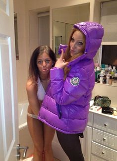 lovely purple moncler jacket that this girl is wearing. Down Suit, Down Puffer Coat, Puffy Jacket, Jacket Style, Moncler, Cool Girl, Jackets For Women, Bomber Jacket, How To Wear