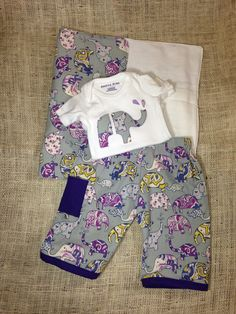 Lucky Elephant Newborn Baby Girl Outfit Gift Set by amayakind.