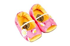 Girls peep toe hand made shoes by Myang South Africa - www.myang.co.za - but on Etsy - #MYANG   Baby shoes