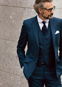 The best selection of contemporary and vintage clothing, luxury brands and many more you can buy online now Mode Masculine, Mens Fashion Suits, Mens Suits, Three Piece Suit, Well Dressed Men, Gentleman Style, Men Looks, Wedding Suits, Business Fashion