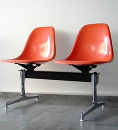 Eames Fiberglas Sidechair Traverse orange
