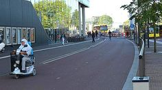 Cycleway, Utrecht. Click image to tweet via Mark Treasure and visit the slowottawa.ca boards >> http://www.pinterest.com/slowottawa