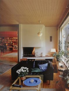 Your Home is Lovely: interiors on a budget: real homes