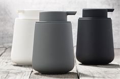 Designstuff offers a wide online selection of Scandinavian bathroom accessories, including this stunning Nova One Soap Dispenser in Grey by Zone Denmark. Design Shop, Shop Interior Design, Scandinavian Bathroom Accessories, Kitchen Accessories, Minimalist Toilets, Bathroom Collections, Toilet Brush, Diy Bathroom Decor, Decorating On A Budget